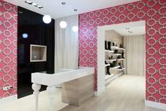 Magasin de chaussures européen de luxe Image libre de droits