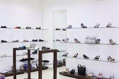 Magasin de chaussures européen de luxe Photo libre de droits