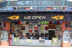 Magasin de collection d'US Open pendant l'US Open 2014 chez Billie Jean King National Tennis Center Photos stock