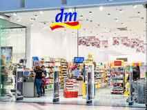 Magasin de DM Drogerie Markt Photo stock