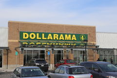 Magasin de Dollarama Photos libres de droits