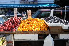 Magasin de fruit à Brooklyn Photo libre de droits