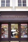 Magasin de livres bon marché à Cracovie Photo stock