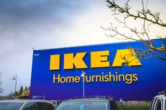 Magasin de mobilier de maison d'IKEA Situé dans les cascades Pkwy, Portland photos stock