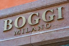 Magasin de mode de Boggi Milan photo stock