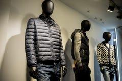 Magasin de mode d'hommes Photos stock