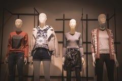 Magasin de mode de femmes Images libres de droits