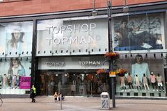 Magasin de mode de Topshop Photographie stock