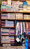 Magasin de textile images libres de droits