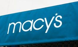 Magasin et signe de Macy's Photos libres de droits