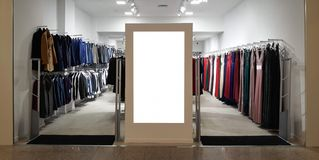 Magasin Front Electronic Advertisement Mockup Magasin d'habillement, horizontal photographie stock