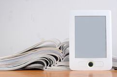 Magazines and ereader Royalty Free Stock Photography