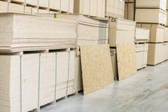Magazyn fiberboard i chipboard obraz stock