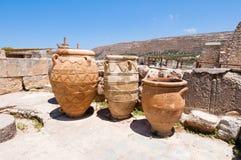 Magazyn lub Pithoi zgrzytamy przy Knossos pałac na wyspie Crete, Grecja obrazy stock