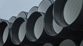 Magazyn skończony klingeryt piszczy przemysłowego outdoors składowego miejsce Manufaktura plastikowe wodne drymby fabryczne zbiory