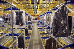 Magazzino automatico dei vestiti Fotografie Stock