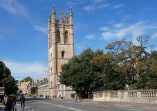 Magdalen Bridge, Universidad de Oxford imagen de archivo libre de regalías