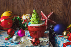 Magdalena de la Navidad con las decoraciones coloridas Imagenes de archivo
