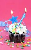 Magdalena del chocolate del cumpleaños Fotos de archivo