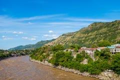 Magdalena flod nära staden av Honda, Colombia Royaltyfri Foto