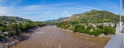 Magdalena flod nära staden av Honda, Colombia Arkivbild