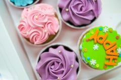 Magdalenas en colores pastel dulces Fotografía de archivo