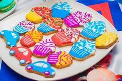 Magdalenas, tortas y galletas del día de fiesta Fotos de archivo libres de regalías