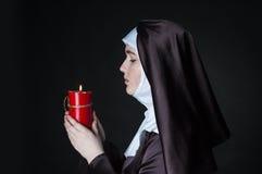Magdalenka trzyma świeczkę Zdjęcia Royalty Free