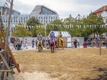 Magdeburg Tyskland - 29 08 2014: Kaiser-Otto-Fest rekonstruktion av historiska händelser av staden och kapaciteterna spectacular arkivbilder