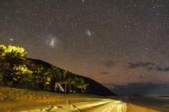 Magellanic chmury widzieć od tropikalnej wyspy, Fiji zdjęcia royalty free