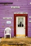 Magentafärgat shoppa Arkivbild