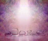 Magentarote heilende Kristalle Stockfotografie