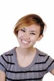 Mager asiatisk amerikansk kvinna i rät maskaöverkant arkivbild