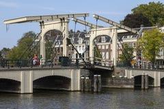 Magere Brug - Amsterdam - Nederländerna Arkivfoton