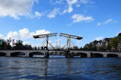 Magere Brug, pont maigre, Amstel, Amsterdam, Hollande, Pays-Bas photographie stock libre de droits