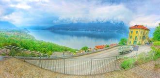 Maggiore湖的全景 免版税库存照片