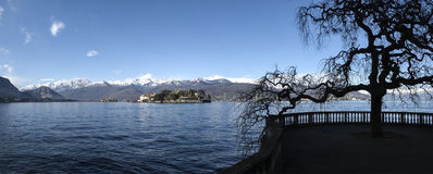 Maggiore jezioro krajobraz od Stresa, Włochy, - Obrazy Stock