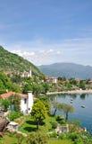 maggiore riviera för lake för canneroitaly lago royaltyfri foto