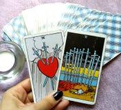 Magi för spådom för tarokkort ockult arkivfoto