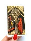 Magi f?r sp?dom f?r tarokkort ockult royaltyfria bilder