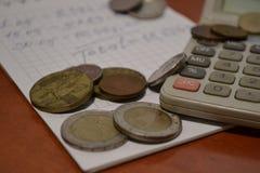 Magia delle cifre Elettronico, scritto quelli e soldi immagini stock