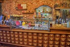 Magia negra interior do café Foto de Stock