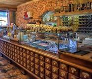 Magia negra interior do café Fotografia de Stock Royalty Free