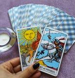 Magia occulta di divinazione delle carte di tarocchi immagine stock libera da diritti