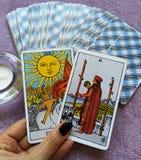 Magia occulta di divinazione delle carte di tarocchi immagini stock libere da diritti