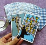 Magia occulta di divinazione delle carte di tarocchi immagine stock