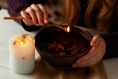 Free Magic Divination By Wax On The Water, Ritual. Psychic Vision, Fortune Teller Royalty Free Stock Image - 159259486