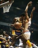 Magic Johnson e Julius Erving immagine stock