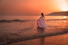 Free Magical Sunset On The Wedding Day. Stock Image - 184044091