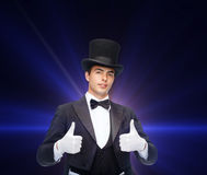 Magician in top hat showing thumbs up Royalty Free Stock Photos